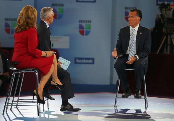 (L-R) Maria Elena Salinas, Jorge Ramos, Mitt Romney, Univision, September 19, 2012, screenshot.
