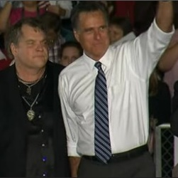 Meat Loaf (l) with Mitt Romney (r), Defiance (OH), 10-25-12, NBC, screenshot.