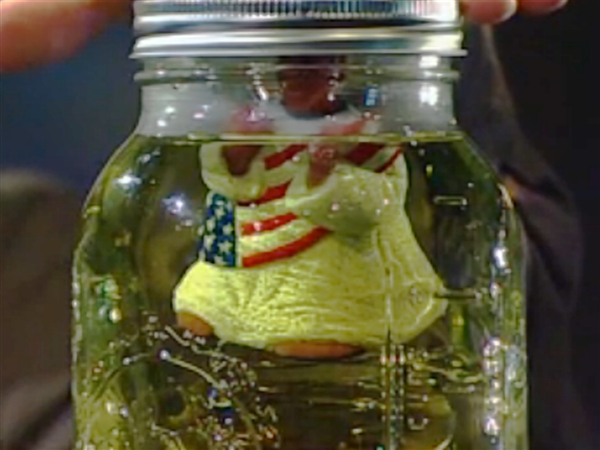 "Glenn Beck, ""Obama in Pee Pee,"" The Blaze, 11-28-12, screenshot."
