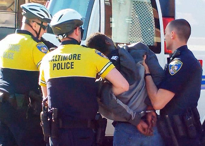 Freddie Gray arrest, Baltimore, 4-12-15, video, screenshot
