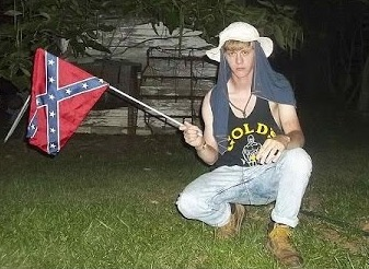 Dylann Storm Roof, selfie with Confederate flag, 2015