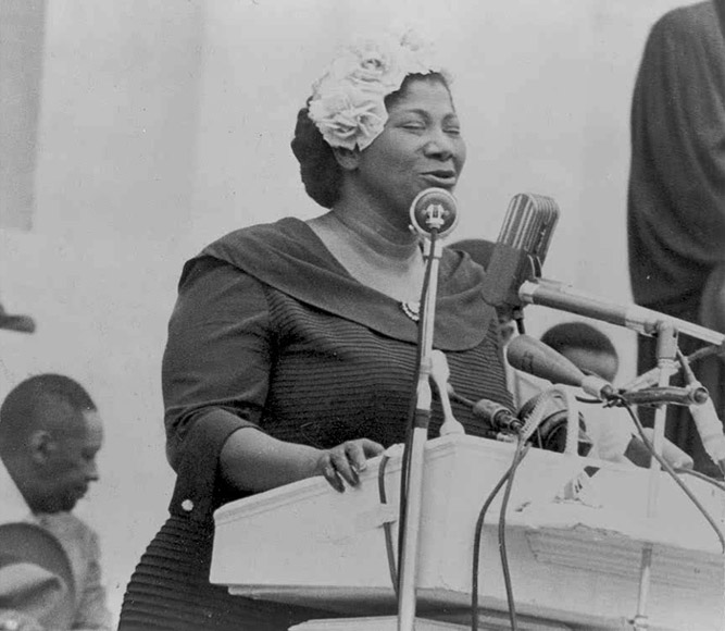Mahalia Jackson at the May 17, 1957, Prayer Pilgrimage of Freedom in Washington, D.C. Library of Congress Collection.