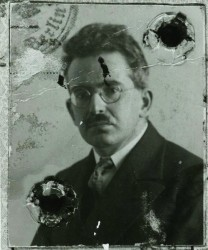 Walter Benjamin, passport photo, ca. 1928