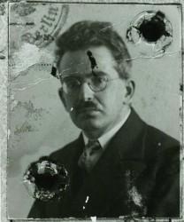 Walter Benjamin, passport photo, ca. 1928